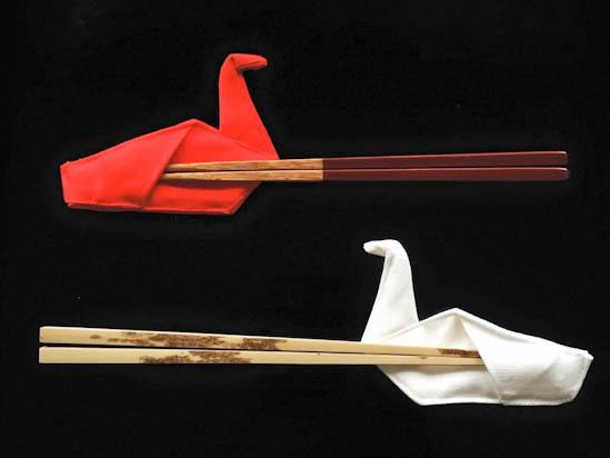 鶴の箸入れ